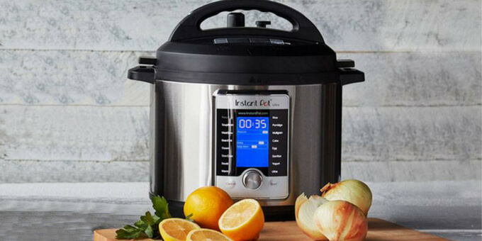 instant-pot-sizes-comaprison-6-quarts-pressurecookertips.com
