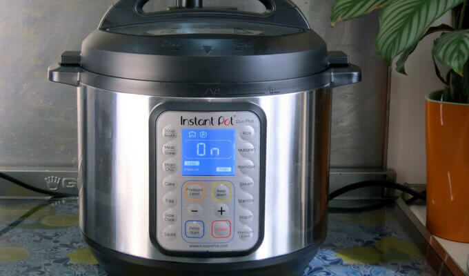 Instant-Pot-DUO-Plus-9-in-1-review-features-pressurecookertips.com