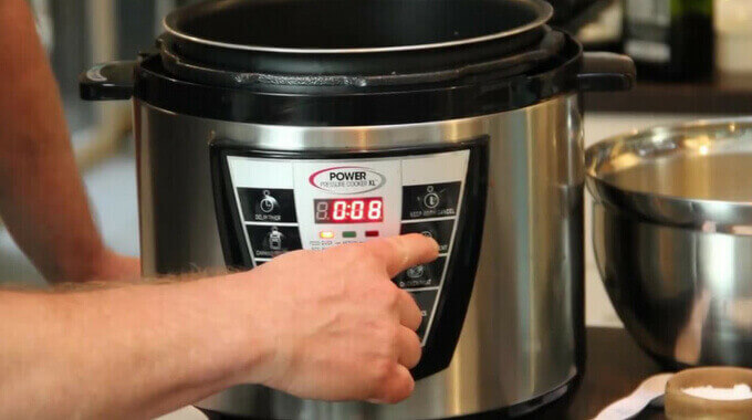 Power-Pressure-Cooker-XL-Full-Review-pressurecookertips.com