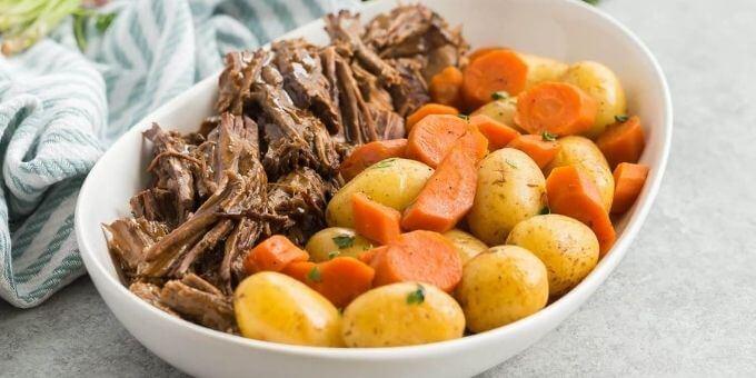 Pot-Roast-Instant-Pot-recipes-pressurecookertips.com
