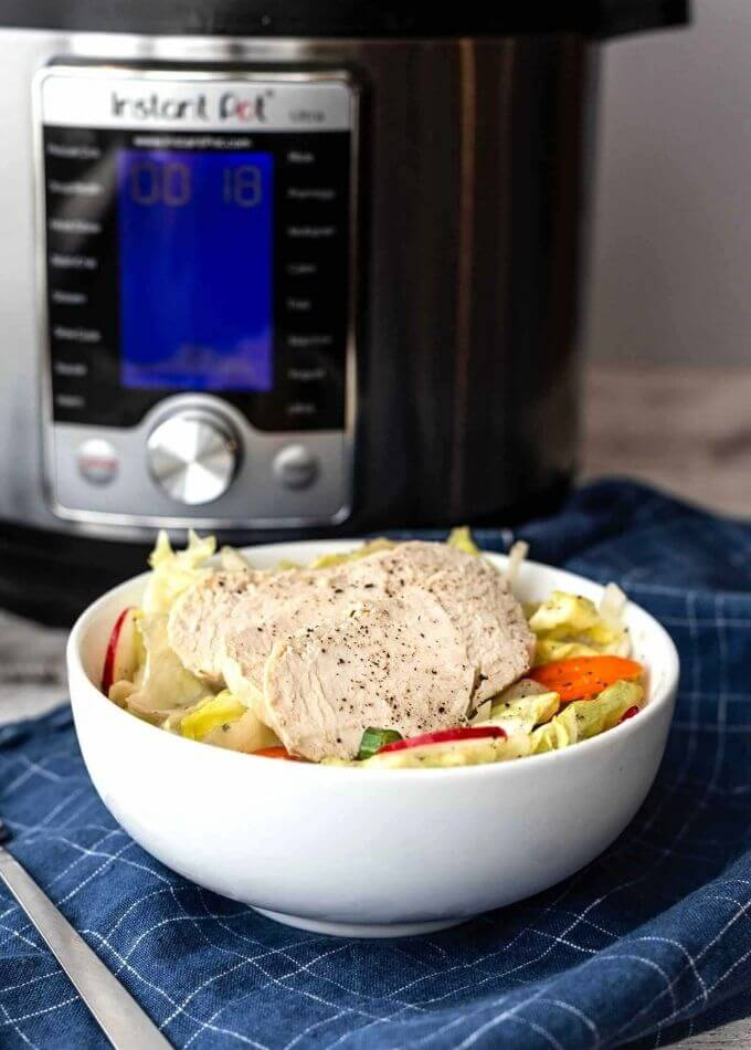 cooking-frozen-chicken-breasts-instant-pot-pressure-cooker-pressurecookertips.com