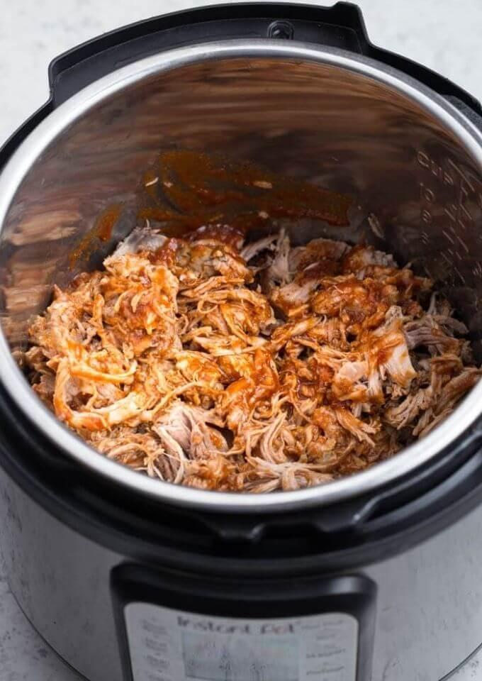 easy-instant-pot-pulled-pork-recipe-pressurecookertips.com
